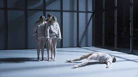 DANS: Hege Haagenrud gjester Sandnes kulturhus med forestillingen «The Rest is Silence».