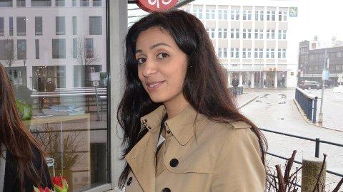 LURA: Ap-politikar Hadia Tajik er hovudtalar på 1. mai. Snart flyttar ho også til Lura.