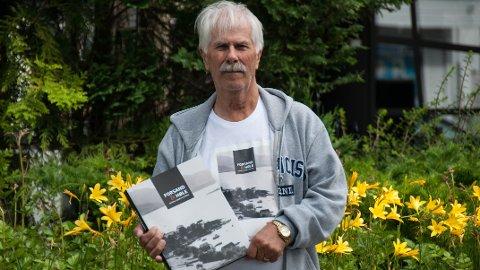 NY BOK: 21 år etter forrige gang er lokalhistoriker Ivar Tjelta ute med en ny utgave av «Forsand & Høle -fjordene, bygdene og folket».