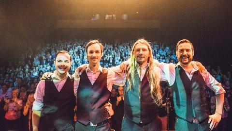 KONSERT: Lokale Aaslandbros og Elderly Bros skal hylla amerikanske Everly Brothers laurdag.Her er Aaslandbros frå ein anna konsert.