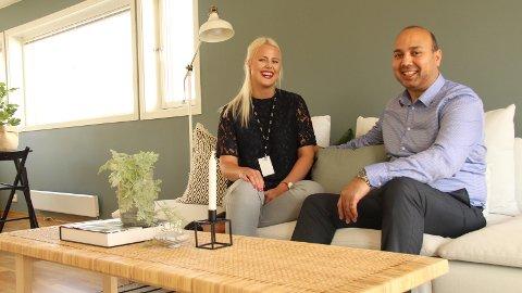 NRK-PROGRAM: DNB-meglerne Bente Aasland og Rizwan Malik deltar i første episode av den nye Solgt-sesongen som vises på NRK mandag 18. september.