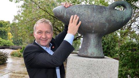[b]GAUKEN:[/b] Varaordfører Pål Morten Borgli holder godt tak i gauken. Selv om han står på valglisten til Frp er han ennå ikke klar for å gi slipp på Sandnes og lokalpolitikken.