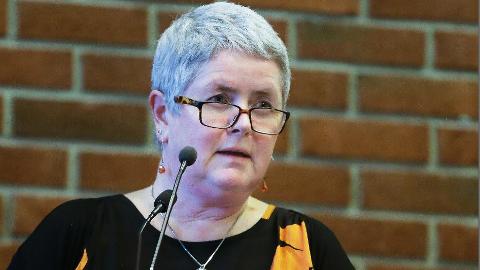 VIL HJELPE Heidi Bjerga (SV) er støttende til å forsøke heldagsskole i Sandnes. Partiet fikk allerede i 2016 gjennomslag i bystyret for søknad om prøveordning. Initiativet ble lagt bort da SV brøt med Frp og forsvant ut av posisjonen.