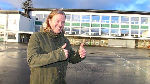 NY REKTOR: Kjetil Gjerdevik startet i november som ny rektor ved Austrått skole. Gjerdevik kommer fra rektorstillingen ved Vikeså skole, men bor selv på Austrått.
