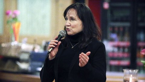 GODT NABOSKAP: Irene Heng Lauvsnes (H) sier at Strand kommune aldri har vært så spesifikke som oppfattelsen er blant mange.