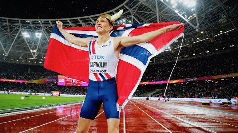 Karsten Warholm vant gull på 400 meter hekk finalen i friidretts VM onsdag kveld. Om to uker kommer han til Sandnes. Foto: Heiko Junge / NTB scanpix Foto: Junge, Heiko