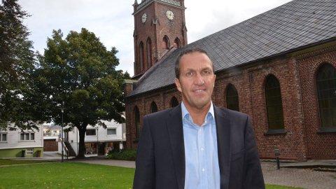 TØFT: Kirkeverge Andreas Eidsaa jr. må tåle ytterligere kutt i kommunal støtte.