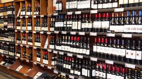 Vinmonopolet selger mer en i fjor.