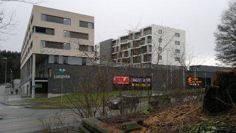 Leilighetsbygget har byggestart i mai 2021, og har fått navnet Luratoppen.