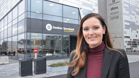 GODE TALL: Adm. direktør Trine Stangeland i Sandnes Sparebank kan glede seg over gode resultater.