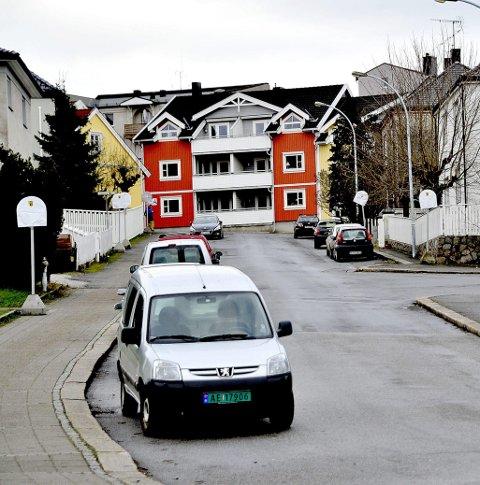 OPPKLART: Fire ungdommer i alderen 15–17 år ble tirsdag pågrepet og siktet for ranet av en kvinne i 50-årene i Aarslands gate utenfor Sefa-bygningen fredag 2. januar i år.