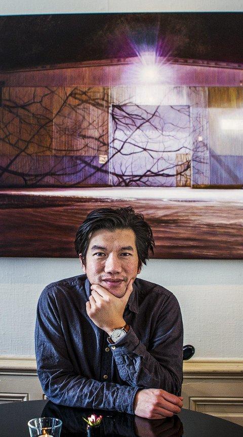 Industri: I denne utstillinger har sarpekunstneren latt seg inspirere av omgivelsene i Fredrikstad, der han bor og jobber.