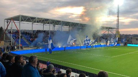 Slapp ikke: Sarpsborg 08 var en av få klubber som ikke fikk ettergitt sin bot for bruk av pyroteknikk