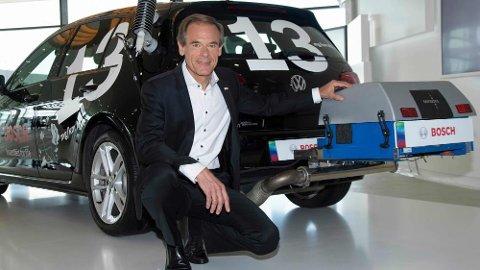 Bosch-sjefen Volkmar Denner har i dag lagt frem det de mener kan være redningen for dieselmotorene i fremtiden. Ny teknologi som skal redusere utslippene av nitrogendioksider til langt under kravene.