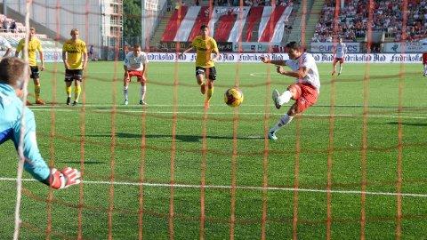 Sellin satte inn FFKs scoring på straffe, men det holdt ikke til mer enn 1-1.