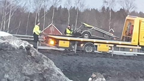 Det var denne hengeren som var årsaken til at lastebilen måtte stanse på motorveien, som igjen førte til ulykken.