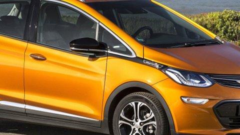 """Opel Am-pera-e har gått ned i pris, samtidig som forhandlerne kan tilby bil """"på dagen"""". Det er litt av en kontrast til sitausjonen for ikke lenge siden."""