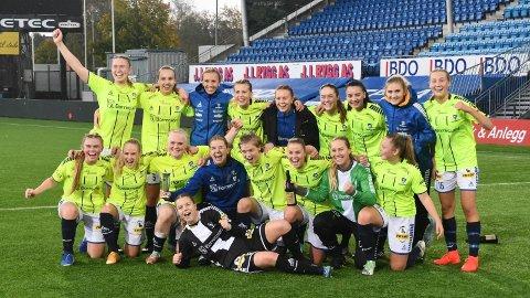 KVALIFISERING: Sarpsborgs damelag er seriemestere i 2. divisjon. Nå skal de inn i kvalifisering om retten til å kalle seg 1. divisjonslag i 2022.