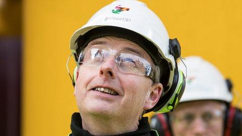 Olje- og energiminister Terje Søviknes (Frp) mener det aller viktigste staten kan gjøre for å hjelpe petroleumsindustrien er å sikre flere leteområder.
