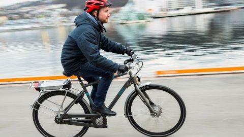 Det er viktig å sjekke bremsene på el-sykkelen før vinteren kommer for alvor.