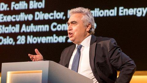 Lederen for Det internasjonale energibyrået, Fatih Birol, mener at elbiler ikke vil redde klimaet.