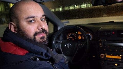 Moderne biler krever mye strøm av batteriet når bilen starter, påpeker Moeen Shahzad Mughal, bilteknisk rådgiver i forsikringsselskapet If.