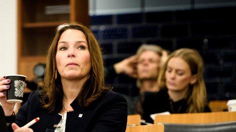 HK-leder Trine Lise Sundnes vil ikke ha flere søndagsåpne butikker.