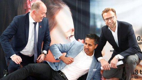 Frps Morten Stordalen (t.v.), Venstres Abid Raja og Høyres Nikolai Astrup er blant bilistene på Stortinget.