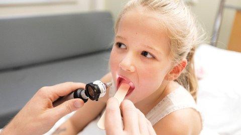 Tilgangen på effektiv antibiotikamedisin til barn er ikke tilfredsstillende, sier Henrik Irgens i Nasjonalt kompetansenettverk for legemidler til barn, og Ketil Størdal, leder for Norsk barnelegeforening.