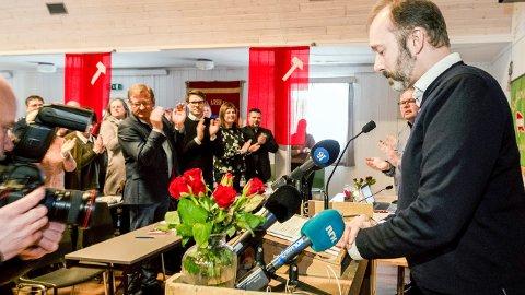 Interessen var stor da Trond Giske talte ved stiftelsesmøtet til Orkland Ap, men ikke alle satte pris på at den tidligere nestlederen ble møtt med stående applaus.