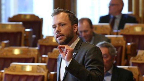 SV-leder Audun Lysbakken vil bremse politikernes lønnsvekst.