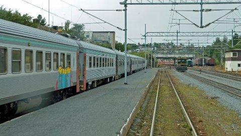 Togene i Narvik har foreløpig ingen skinner nordover til Tromsø, men det kan det bli en endring på.