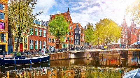 Mange nordmenn har bestilt seg en vårtur til Amsterdam.