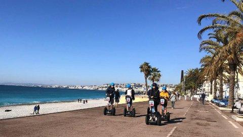 Dra på en segawaytur eller lei sykkel, skateboard eller rulleskøyter, og sus ned Promenade des Anglais!