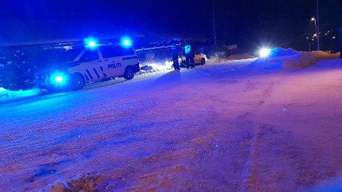 En bil skal ha kjørt av veien på Knapstad.