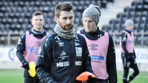 FORTSATT ATTRAKTIV: Selv om Jens Kristian Skogmo har flyttet hjem til Askim etter spill for IK Start og FK Arendal, så er det fortsatt stor interesse rundt hans fotballfremtid.