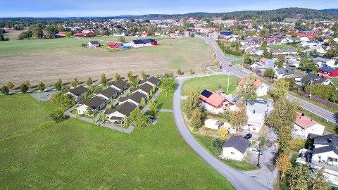 Borettslaget vil ligge på nabotomta til den tiltenkte skoletomta, kort vei fra Spydeberg sentrum.