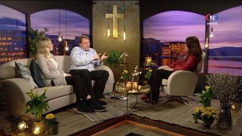 Den kristne predikantens uttalelser sjokkerer mange på sosiale medier. Visjon Norge, som sendte intervjuet med David Auke, beklager uttalelsene.