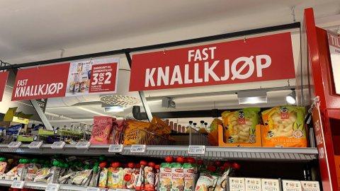 PRISVINNER: Menys knallkjøp gir en overlegen pris-seier sammenlignet med lavpriskjeden Kiwi. Foto: Lena-Christin Kalle