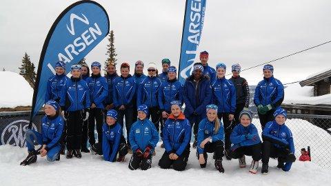 Vik skiskyting stilte med 24 deltakarar frå nybyrjarklassen til og med 16-årsklassen på Liatoppen i helga. (Foto: Kåre Espeland)