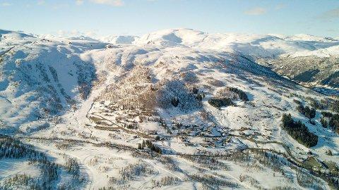 NY REKORD: – Held me trykket vert det ny rekord, seier Per Odd Grevsnes, dagleg leiar i Sogndal Skisenter, Hollekve.