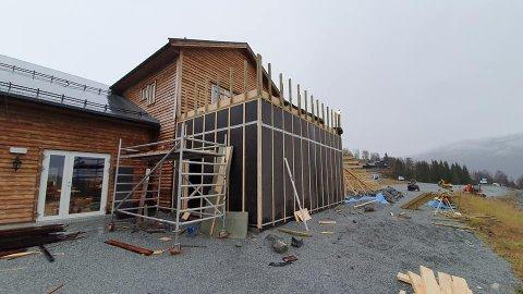 STØRRE: Dalalåven skal bli større og meir praktisk. Slik såg det ut i november, og målet er å kunne opna første etasjen rett før jul.