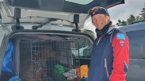 SKI: Ellen Blom var både i langrennsløypa og skibakken på Heggmyrane laurdag.