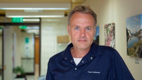 NY SMITTA: Vikarierande kommuneoverlege Morten Larsen i Luster.