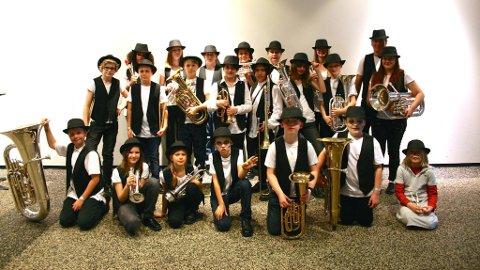 Håland & Dysjaland skulekorps inviterer til New Orleans–toner på Halloweenkonsert i Hanahallen lørdag, sammen med Hana skolekorps og jazzveteranene i Bayou Blue.