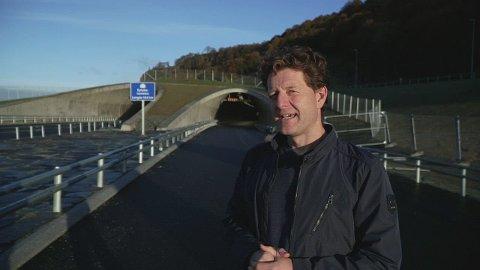 FILM: Vegvesenet informerer om sikkerhet i Ryfast. Tor Øyvind Skeiseid tar i filmen seerne med på tur gjennom tunnelen.