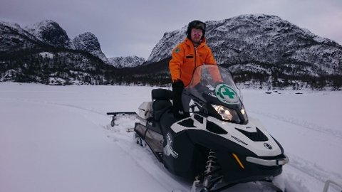 Norsk Folkehjelp har kjørt opp nye skispor på Liarvatnet, pluss turløype over vatnet og nye spor i lysløypa. På lørdag kjøres det nye spor i Lyngsheia. (Foto: Norsk Folkehjelp)