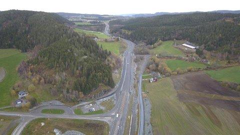 ØSTVIK: Fra mandag denne uka går trafikken begge veier i Kvarvingdalen.