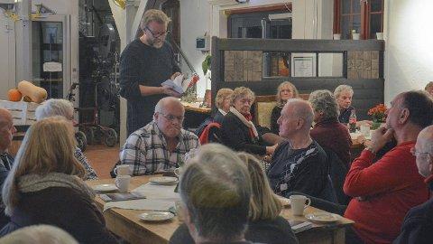 ÅRBOK NR V: Ble lansert på mandag, og er et av årets julegavetips. Her er det historier fra oldtiden til ut på 1900-tallet og redaktør Erlend Skaare leser her om bronsealderen av Kilhavn.