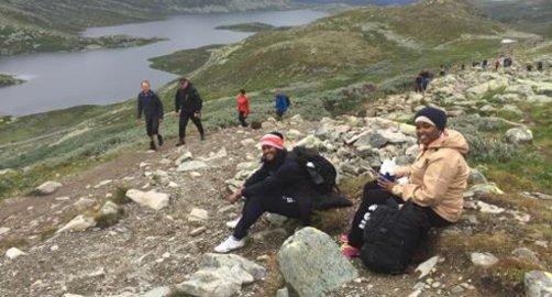 """Bildet er tatt under en tur med prosjektet """"Til Topps Telemark"""", som er et av prosjektene som nå har fått støtte. Foto: Telemark Turistforening"""